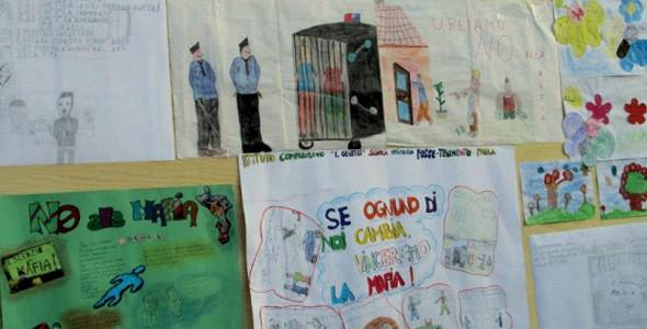 La lotta alla mafia inizia nelle scuole. Principi di legalità e memoria delle vittime entrino nei programmi formativi