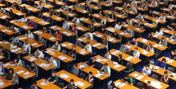 Docenti di seconda fascia e abilitazione degli insegnanti precari: approvati ordine del giorno e mozioni