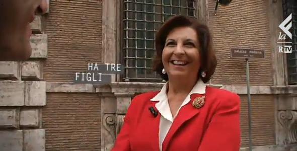 """RNews: la vestale del renzismo, """"Matteo è un rivoluzionario"""" [video]"""