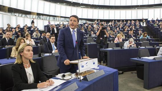 """Crisi greca, intervista al Presidente Renzi: """"Italia fuori dal rischio contagio"""""""