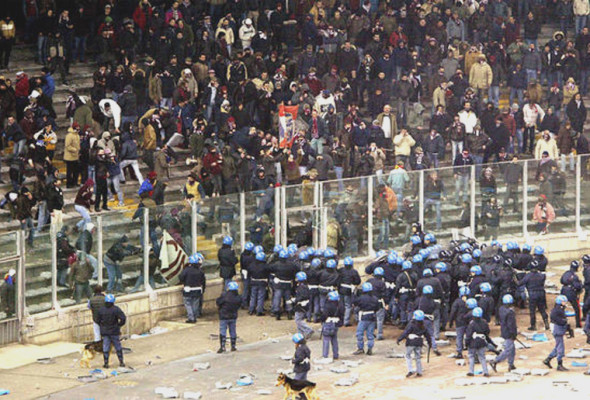 Violenza negli stadi, la risposta delle Istituzioni