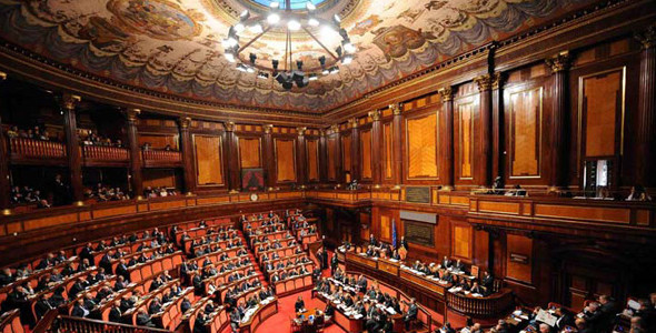 Sottoscrizione del ddl per l'istituzione della Commissione parlamentare di inchiesta sul sistema bancario e finanziario