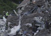 Friabili e vecchie di un secolo: le case che cedono al sisma