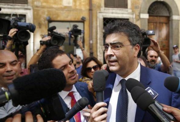 Insulti di Corsaro a Fiano: inaccettabile oltraggio, volgare e antisemita, all'Italia e alla democrazia