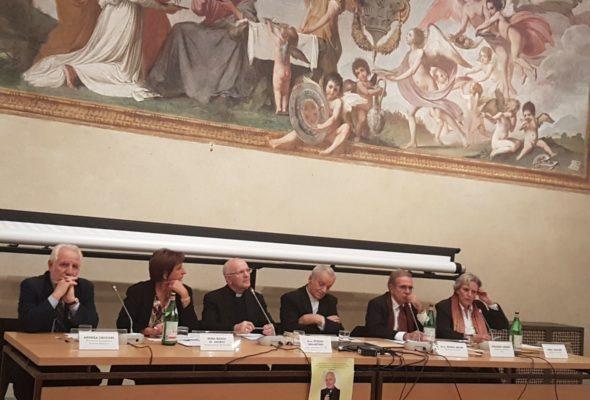 Università europea di Fiesole. Convegno sul significato cristiano dell'accoglienza insieme a Mons. Galantino