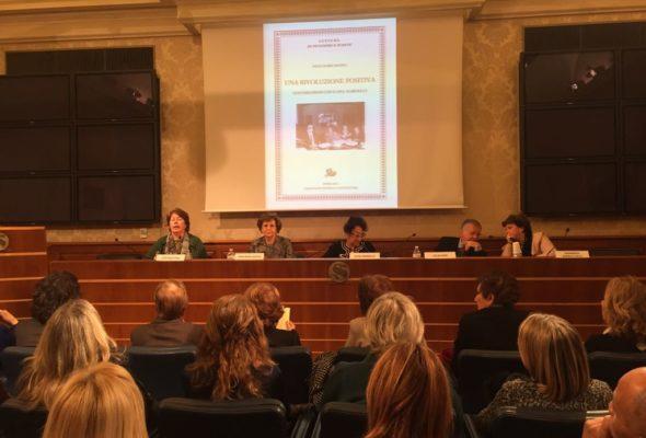 """Presentazione del libro """"Una rivoluzione positiva. Conversazioni con Elena Marinucci"""""""