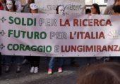 Ricerca: davanti a Montecitorio dalla parte dei precari