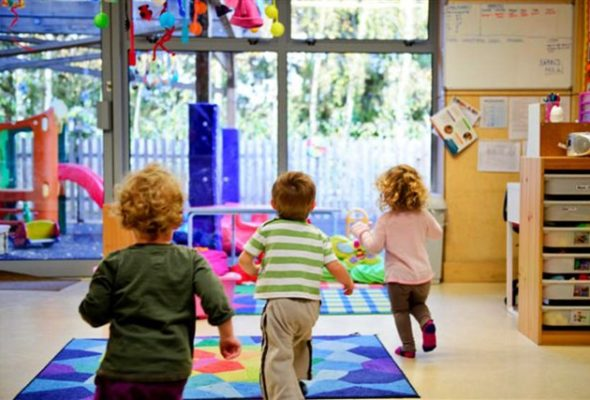 In tutta sicurezza, è necessaria la riapertura dei servizi per l'infanzia